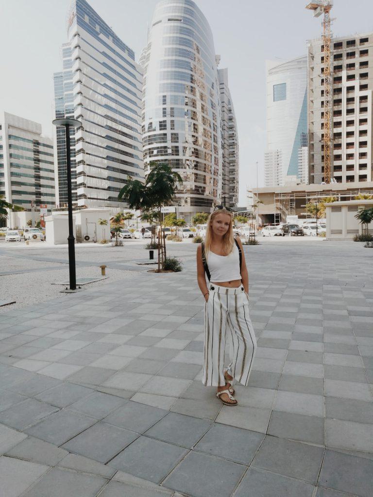Zu Fuß in Dubai unterwegs